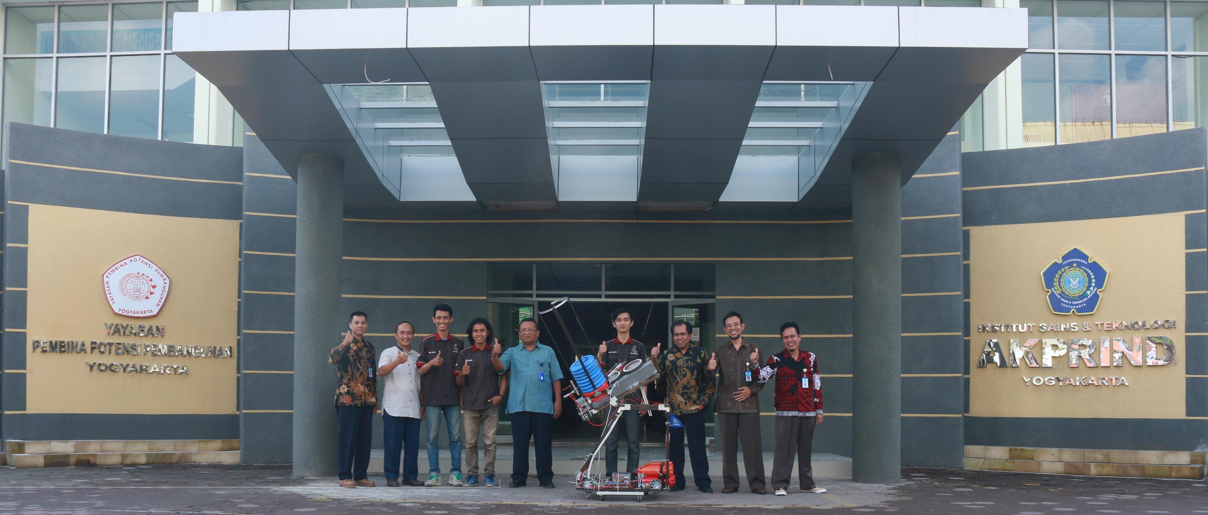 Persiapan Tim Robotika IST AKPRIND pada KRI 2017
