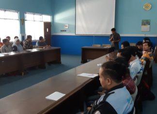 seminar topik mahasiswa teknik elektro IST AKPRIND Yogyakarta