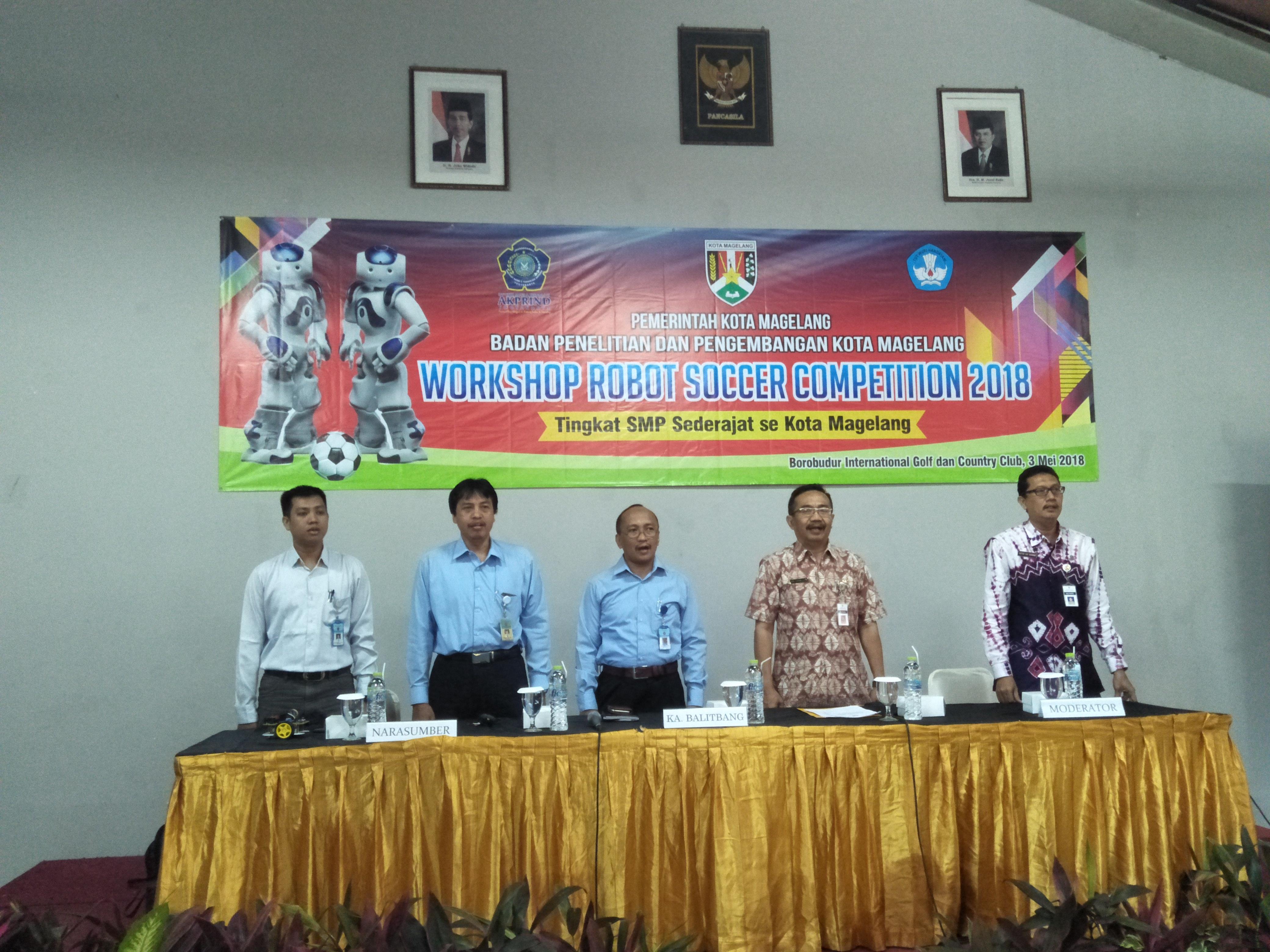 Workshop Robot Soccer untuk Pelajar SMP se-Kota Magelang